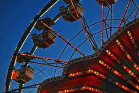 ferris-wheel-at-twilight